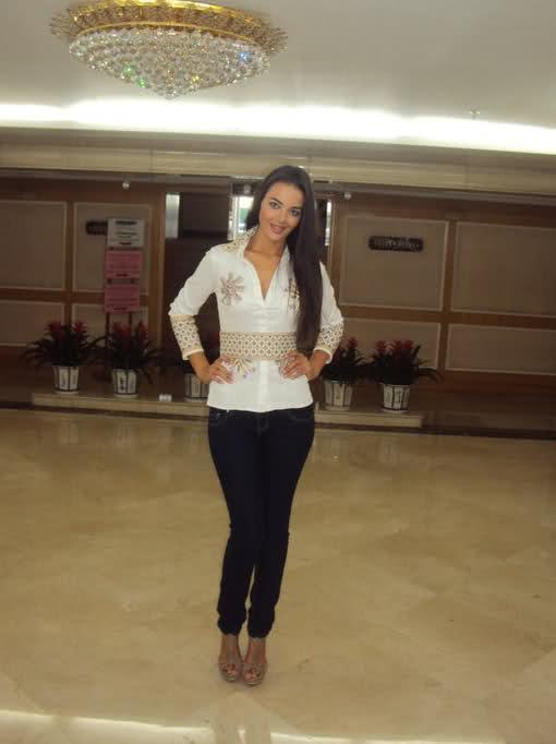fatima jimenez triguero, miss espana mundo 2010. - Página 3 24zkj910