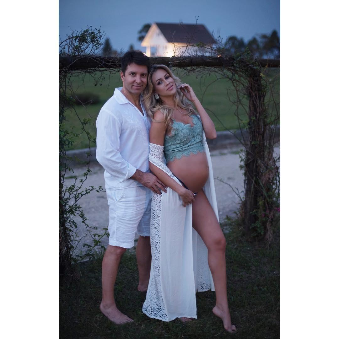 marylia bernardt, miss brasil continente americano 2010. - Página 4 25024511