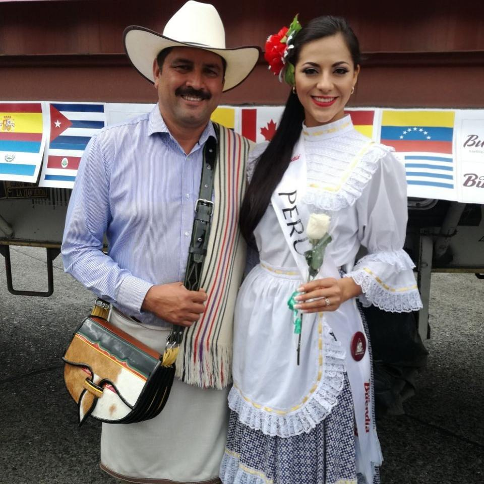 gabriela lambruschini, miss peru reyna internacional cafe 2018. - Página 3 26065610