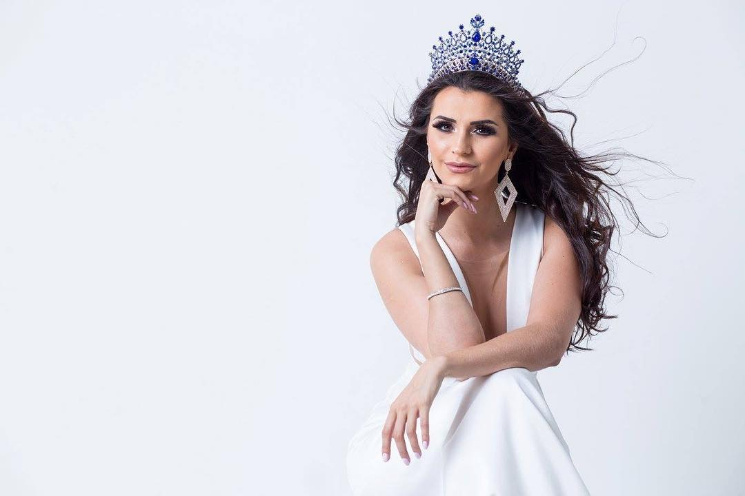 thylara brenner, miss brasil continentes unidos 2019. - Página 2 26065910