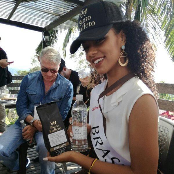 anna lyssa valim, miss brasil rainha internacional do cafe 2018. - Página 3 26072910