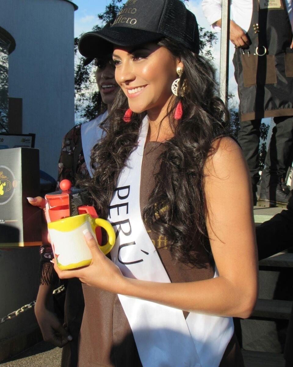 gabriela lambruschini, miss peru reyna internacional cafe 2018. - Página 4 26073410