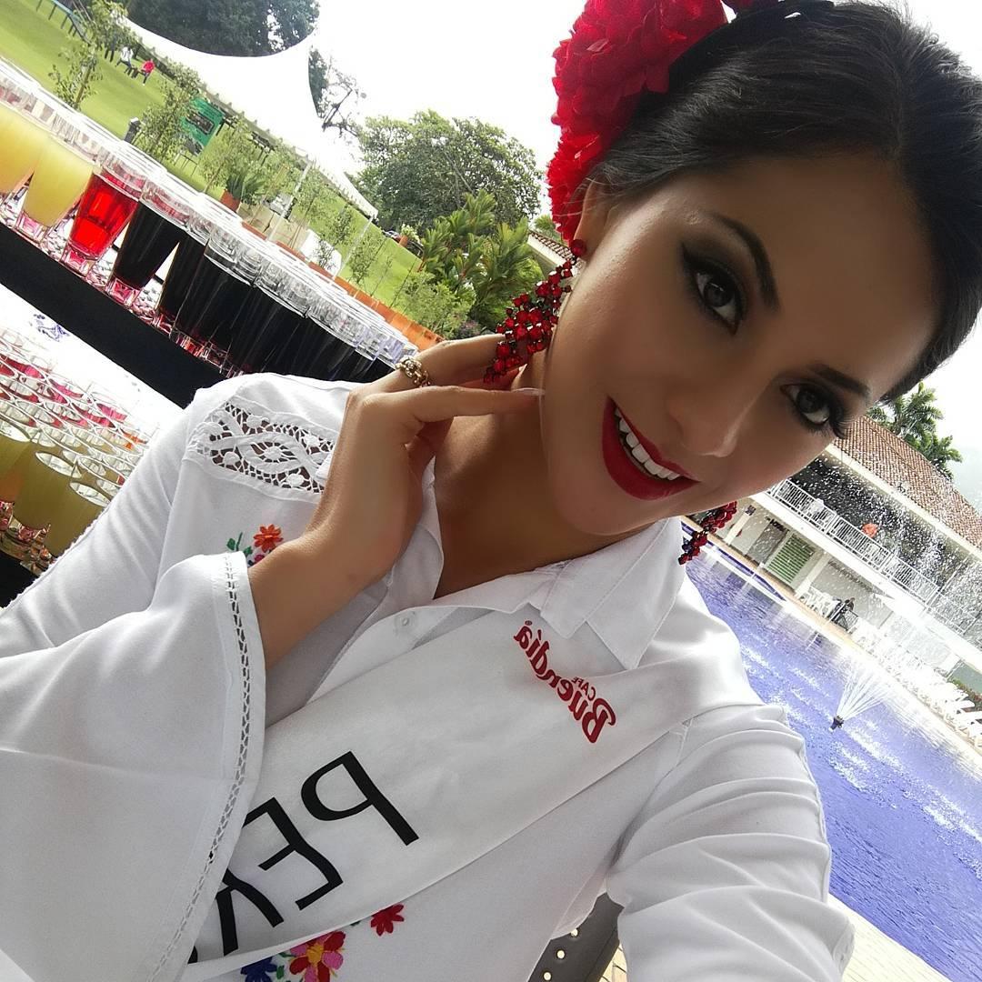 gabriela lambruschini, miss peru reyna internacional cafe 2018. - Página 3 26158910