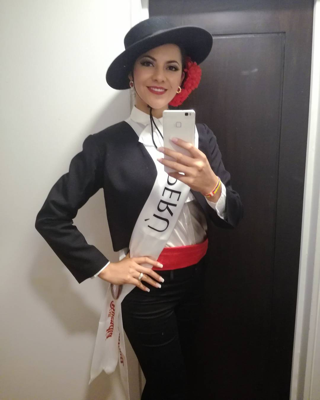 gabriela lambruschini, miss peru reyna internacional cafe 2018. - Página 4 26226610