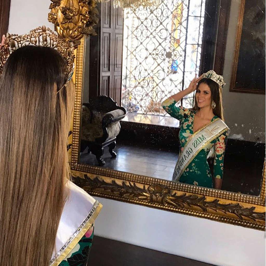 andrea moberg, top 20 de miss grand international 2018 (best national costume). 27894310