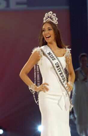 ════ ∘◦❁◦∘ ════ Amelia Vega, Miss Universe 2003. ════ ∘◦❁◦∘ ════ 27xq10