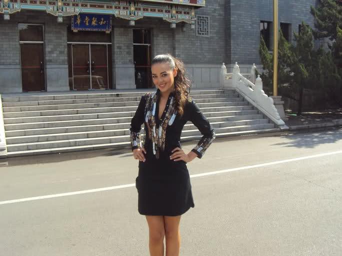 fatima jimenez triguero, miss espana mundo 2010. - Página 2 2q363x10