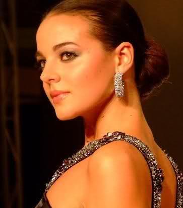 fatima jimenez triguero, miss espana mundo 2010. - Página 2 2v1mfb10