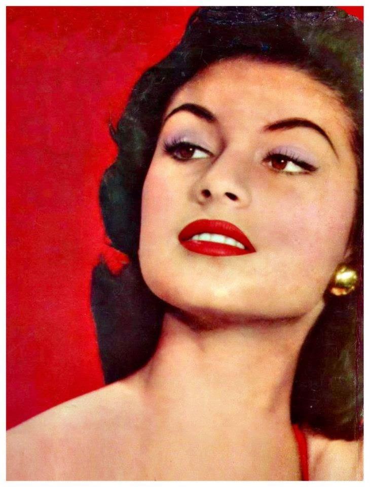 gladys zender, miss universe 1957. primera latina a vencer este concurso. 30289510