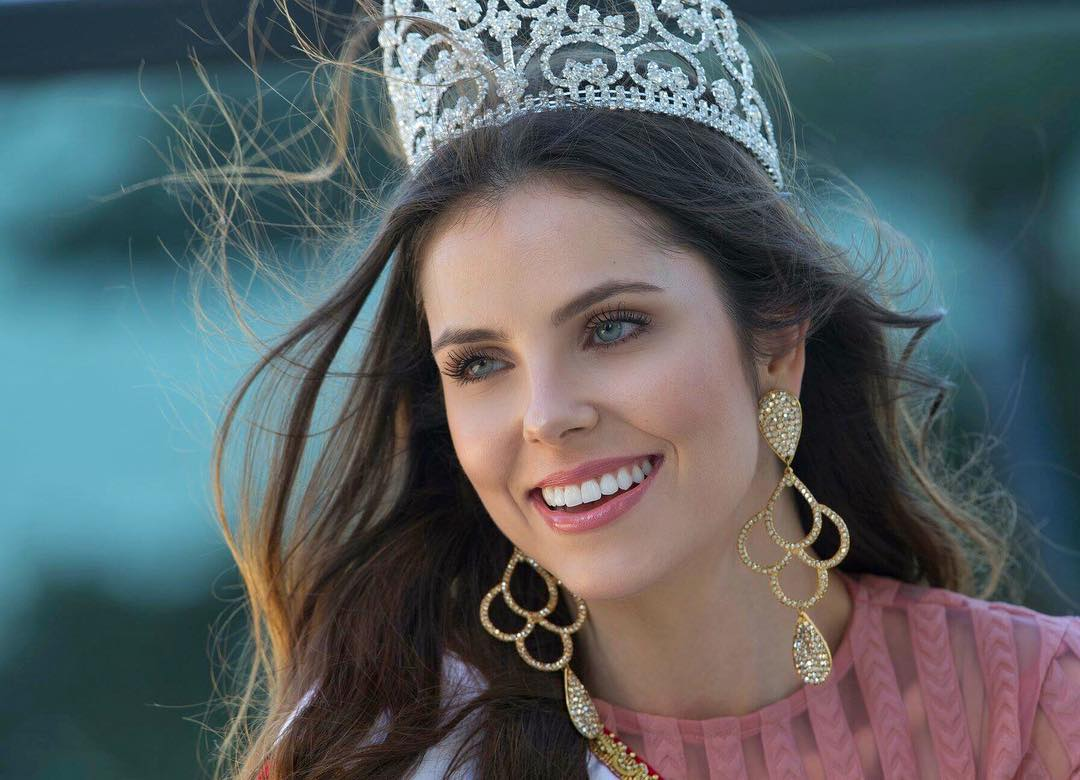 debora silva, top 5 de miss brasil universo 2018. - Página 3 30591410