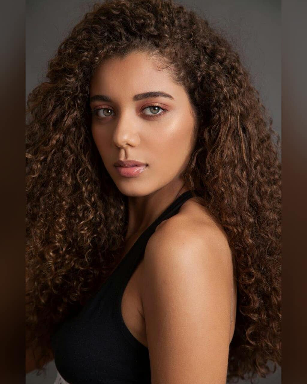 lara goncalves, miss agulhas negras mundo 2018. 32854610
