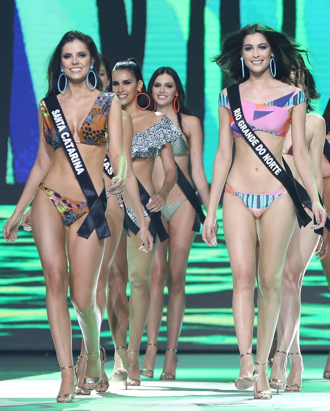 debora silva, top 5 de miss brasil universo 2018. - Página 3 33198210