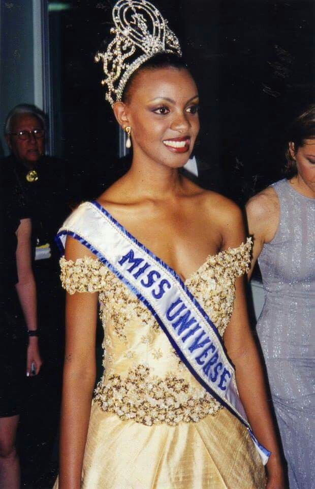 mpule kwelagobe, miss universe 1999. 3fa1a810