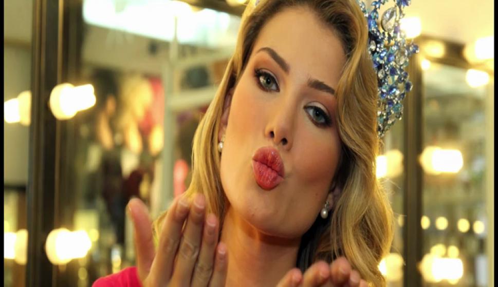 mireia lalaguna, miss world 2015. - Página 6 59bcdb10