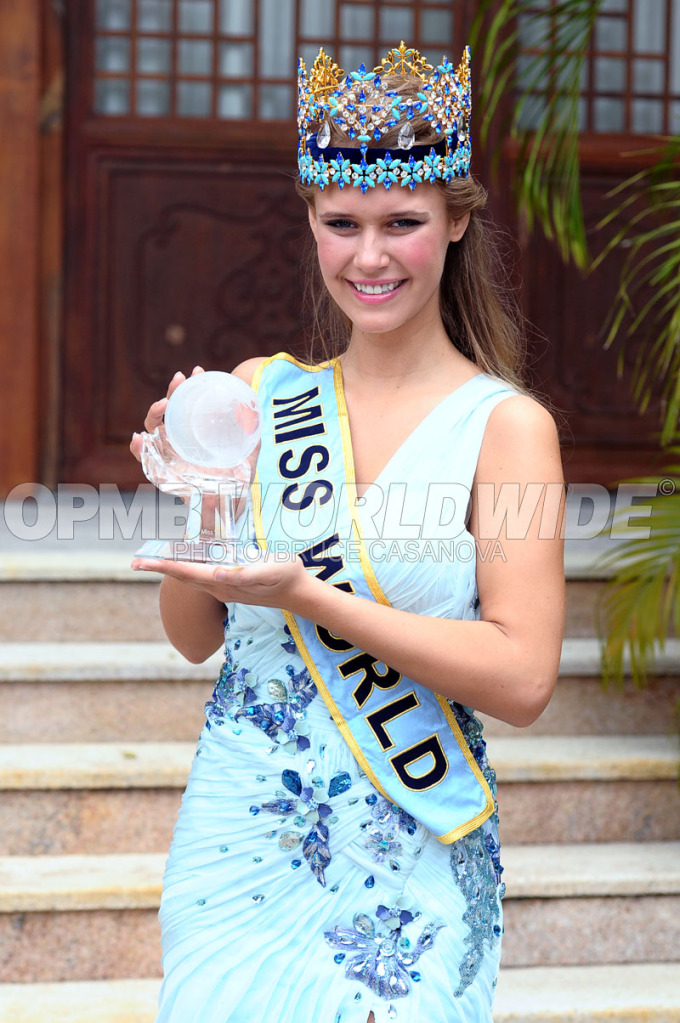 alexandria mills, miss world 2010. 6f799110