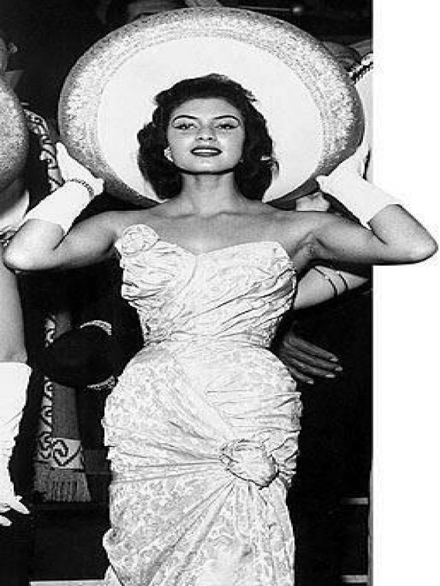 gladys zender, miss universe 1957. primera latina a vencer este concurso. - Página 4 71629310