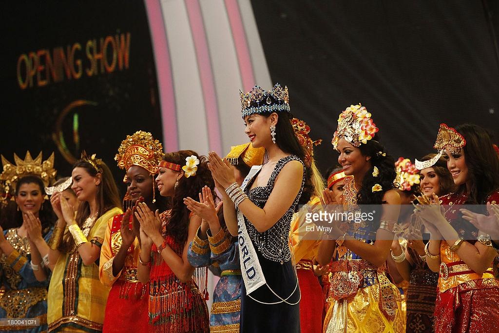 wenxia yu, miss world 2012.  - Página 4 7dnqyj10