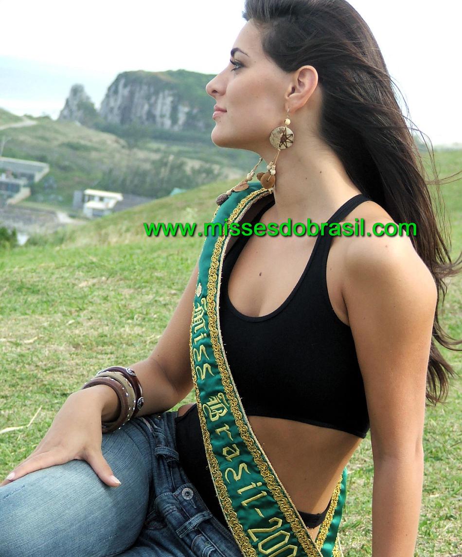 rafaela zanella, top 20 de miss universe 2006. - Página 2 Br06pr13