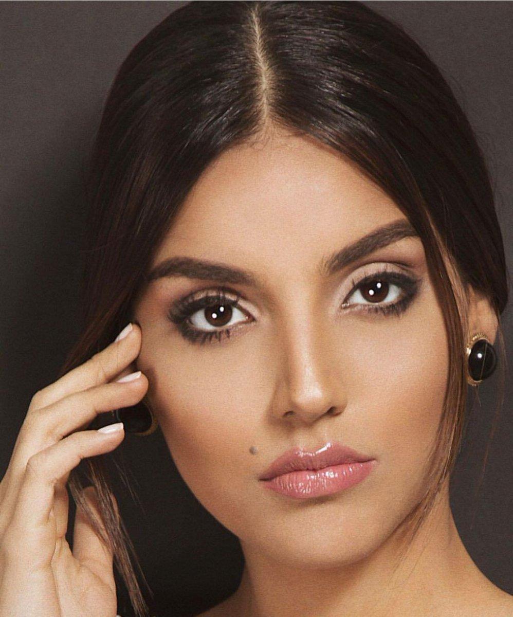 laura gonzalez, 1st runner-up de miss universe 2017. - Página 2 C8paos10