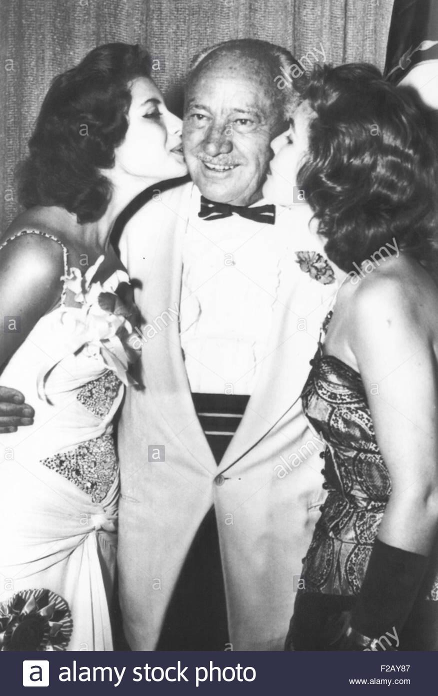 gladys zender, miss universe 1957. primera latina a vencer este concurso. - Página 2 Conrad10