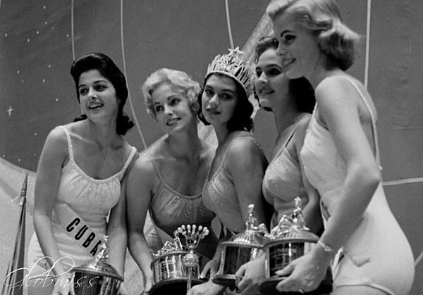 gladys zender, miss universe 1957. primera latina a vencer este concurso. - Página 3 Cxhfow10