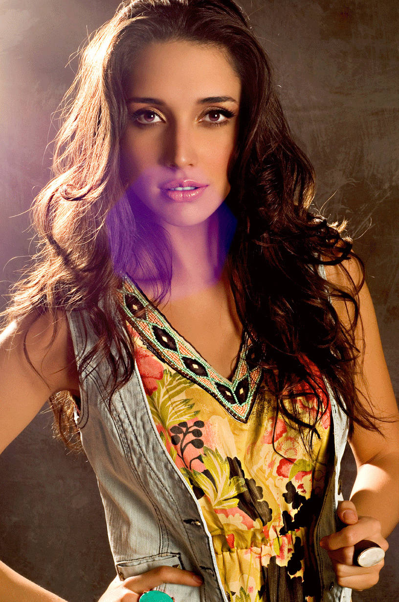 ════ ∘◦❁◦∘ ════ Amelia Vega, Miss Universe 2003. ════ ∘◦❁◦∘ ════ - Página 8 Erp_1110