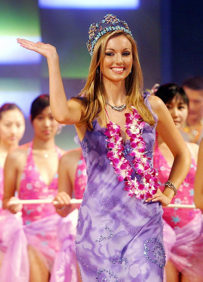 rosanna davison, miss world 2003. Evoke-11