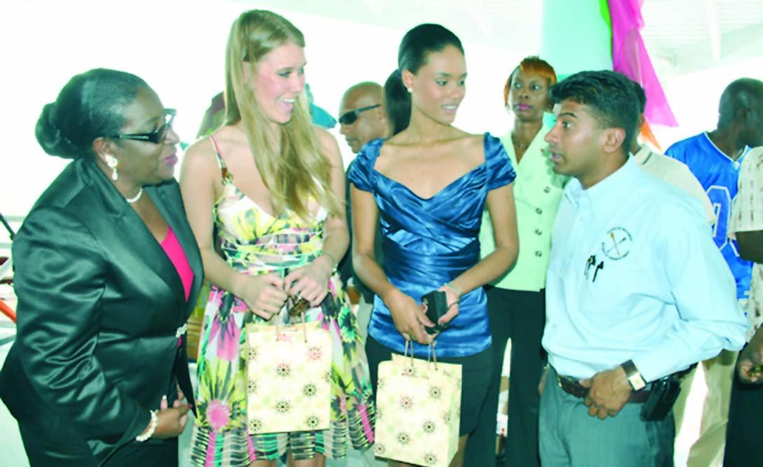 alexandria mills, miss world 2010. - Página 4 From-l10