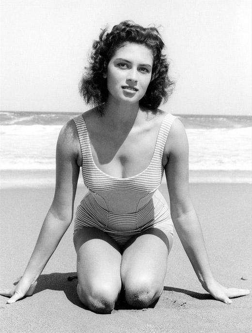 gladys zender, miss universe 1957. primera latina a vencer este concurso. - Página 3 Gladys13