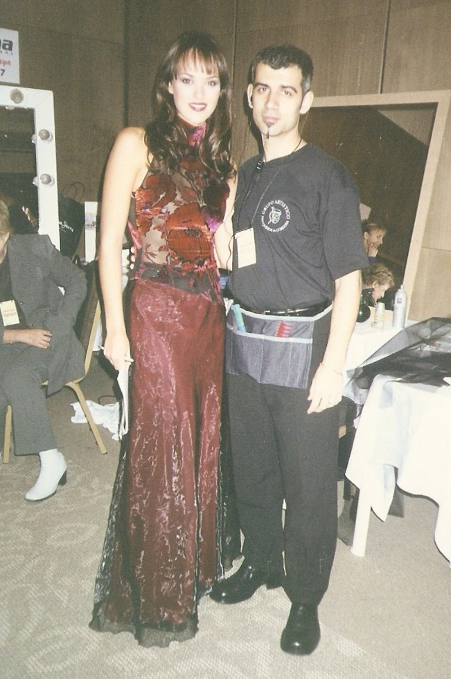 helen lindes griffiths, 2nd runner-up de miss universe 2000. Helen-16