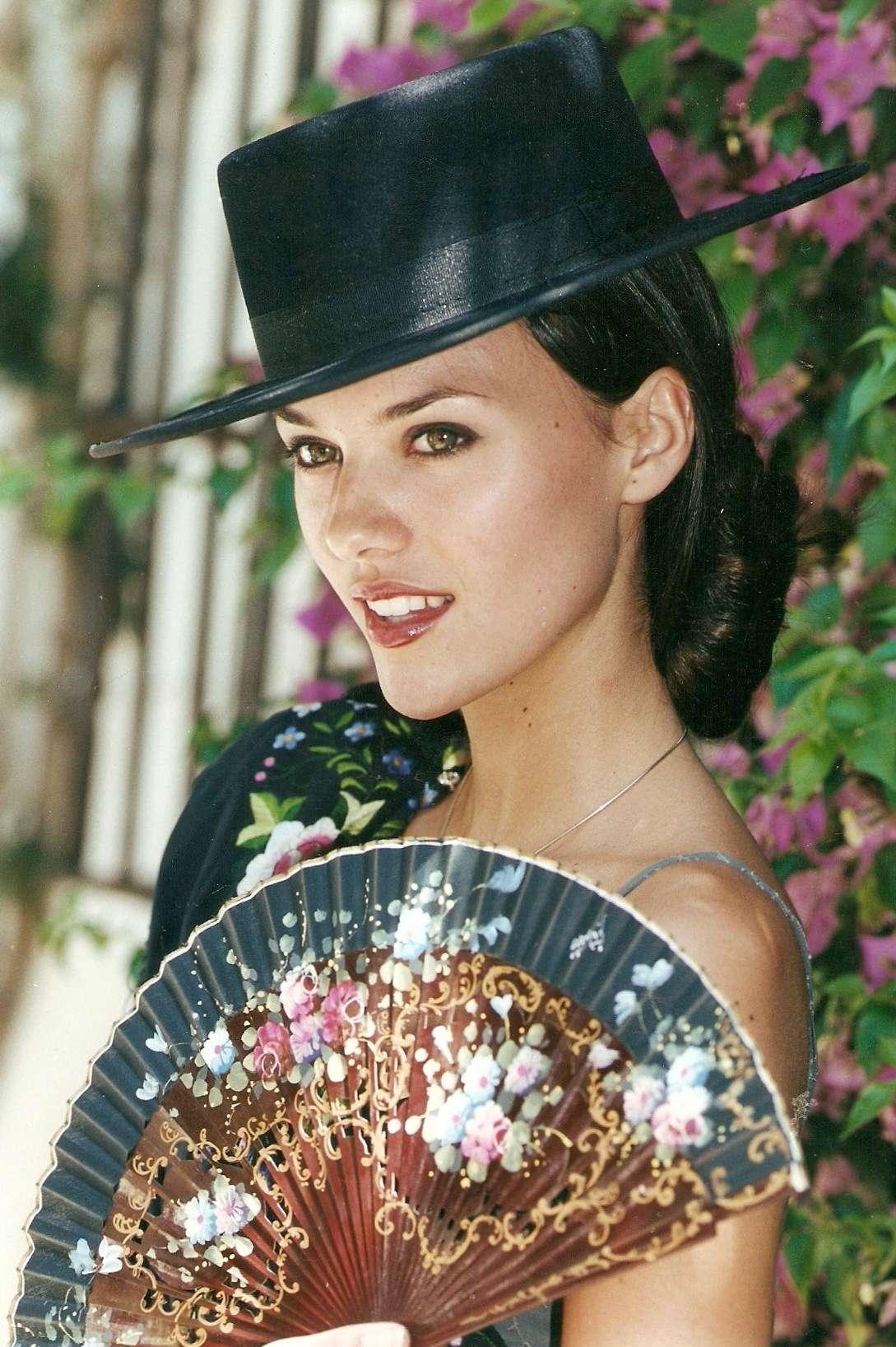 helen lindes griffiths, 2nd runner-up de miss universe 2000. Helen-17