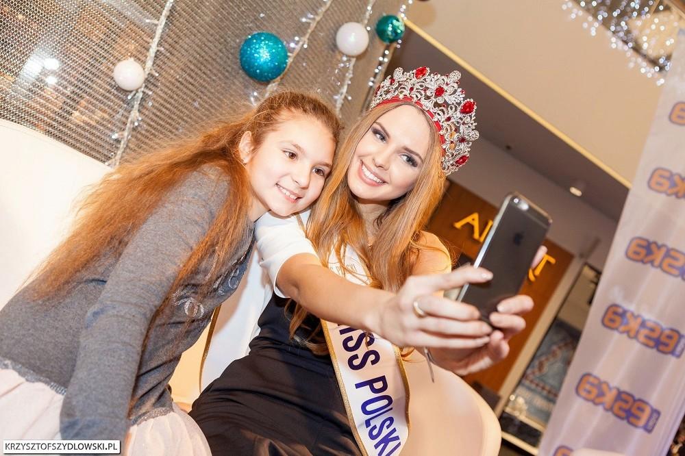 magdalena bienkowska, 2nd runner-up de miss supranational 2018/top 40 de miss world 2017/top 15 de miss international 2016. - Página 3 Hmmv0v10
