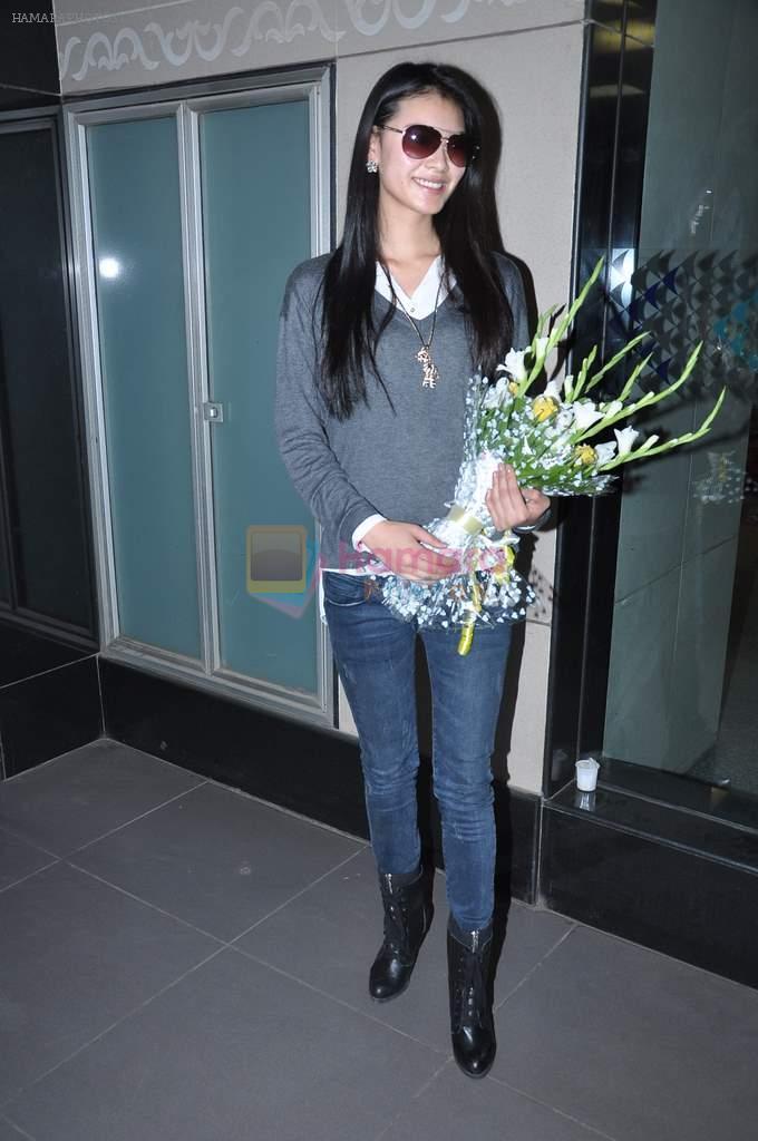 wenxia yu, miss world 2012.  - Página 2 Hpse_f10