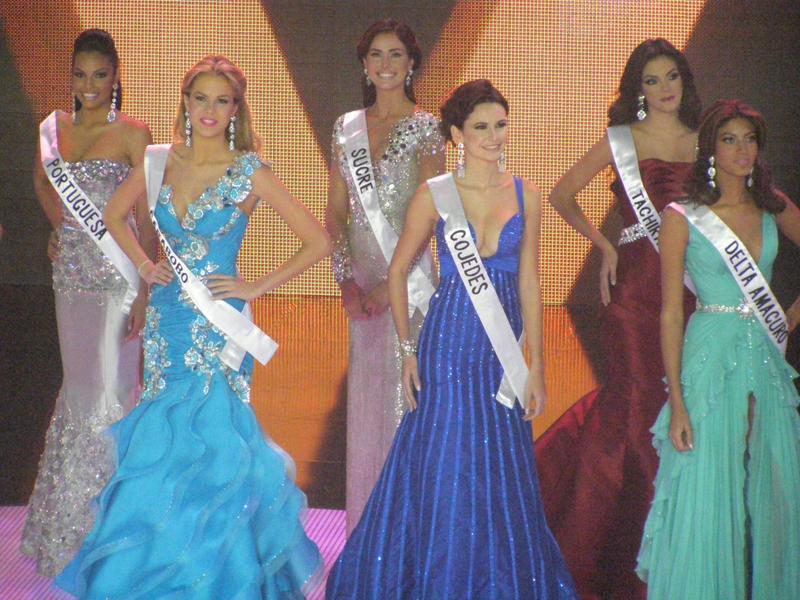 irene esser, top 3 de miss universe 2012. - Página 24 Image100