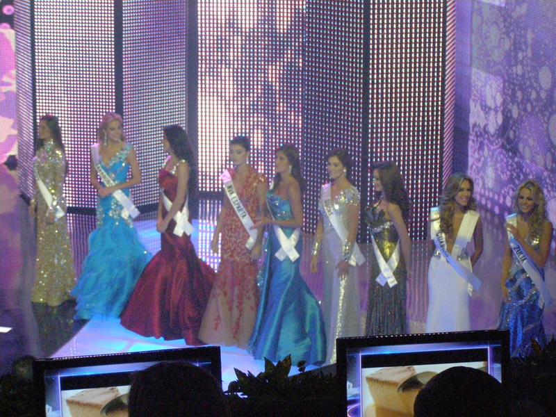 irene esser, top 3 de miss universe 2012. - Página 25 Image118