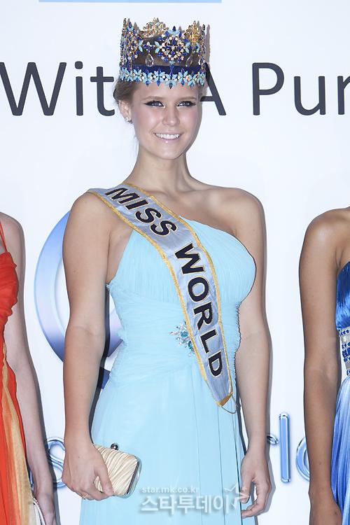 alexandria mills, miss world 2010. - Página 6 Image242