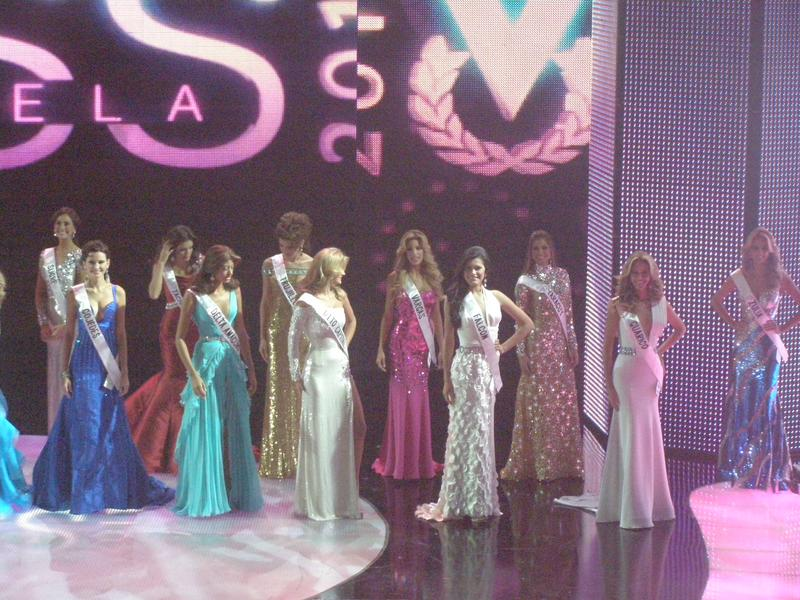 irene esser, top 3 de miss universe 2012. - Página 23 Image_90