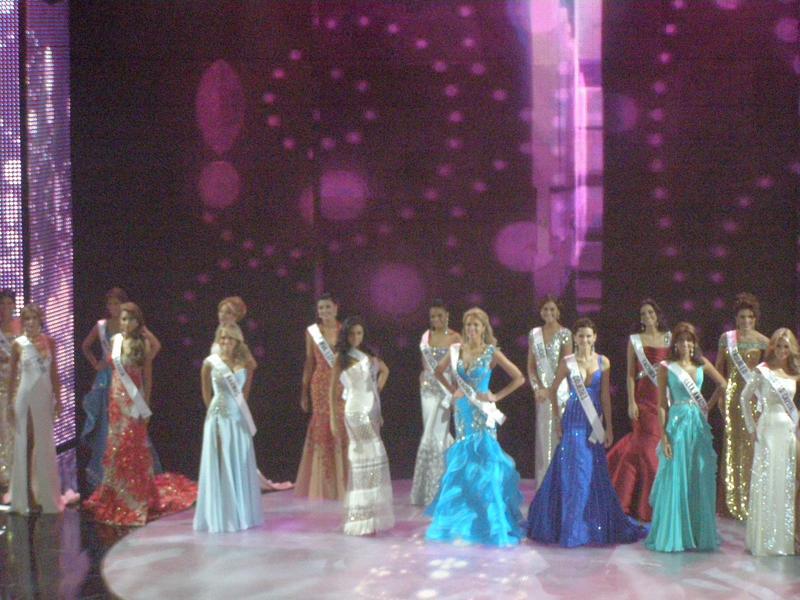 irene esser, top 3 de miss universe 2012. - Página 23 Image_94