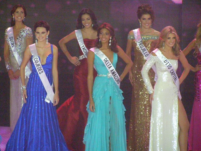 irene esser, top 3 de miss universe 2012. - Página 23 Image_99
