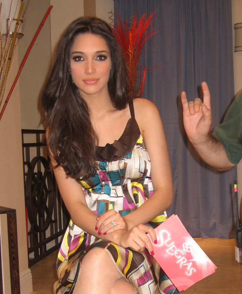 ════ ∘◦❁◦∘ ════ Amelia Vega, Miss Universe 2003. ════ ∘◦❁◦∘ ════ - Página 4 Img_3010