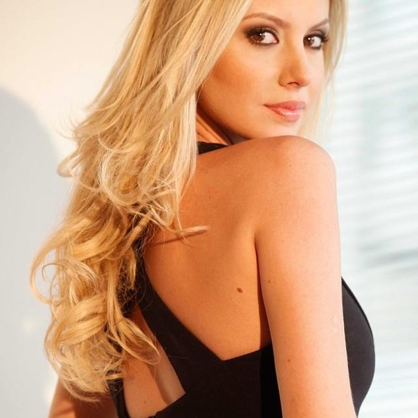 sancler frantz, top 6 de miss world 2013. - Página 40 L2yauh10