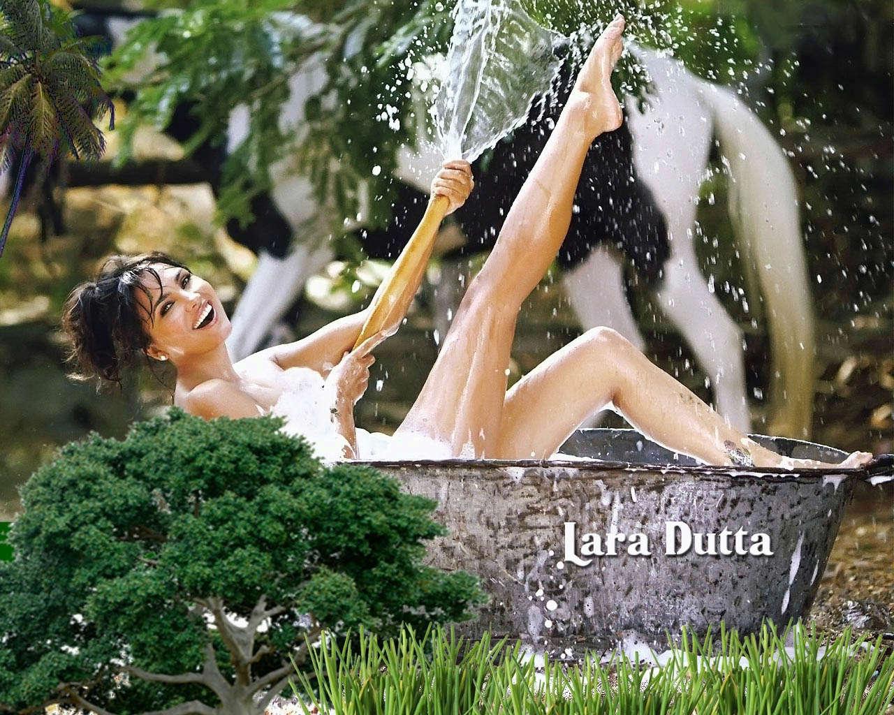 lara dutta, miss universe 2000. - Página 4 Lara-d24