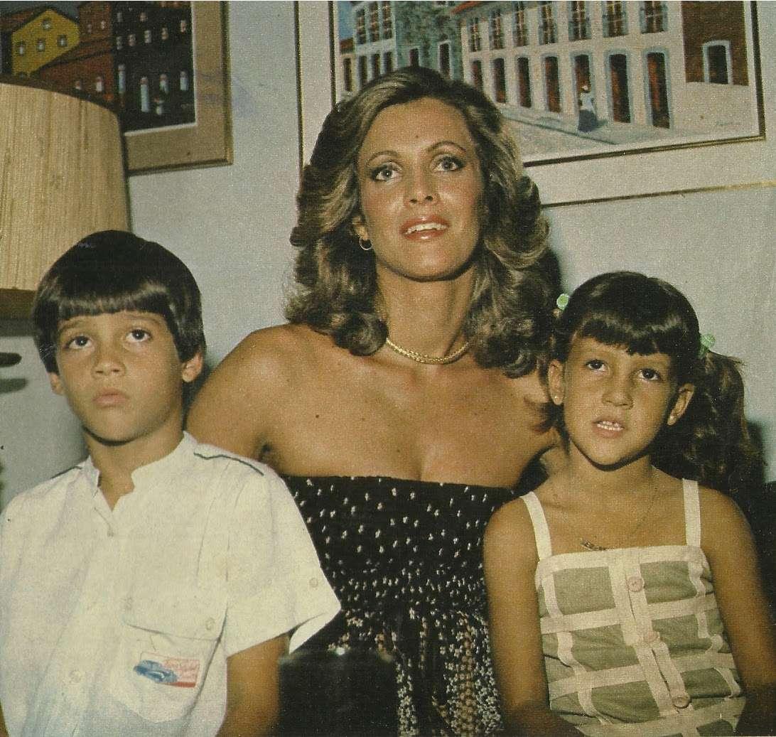 ☽ ✮ ✯ ✰ ☆ ☁ Galeria de Martha Vasconcelos, Miss Universe 1968.☽ ✮ ✯ ✰ ☆ ☁ - Página 3 Martav10