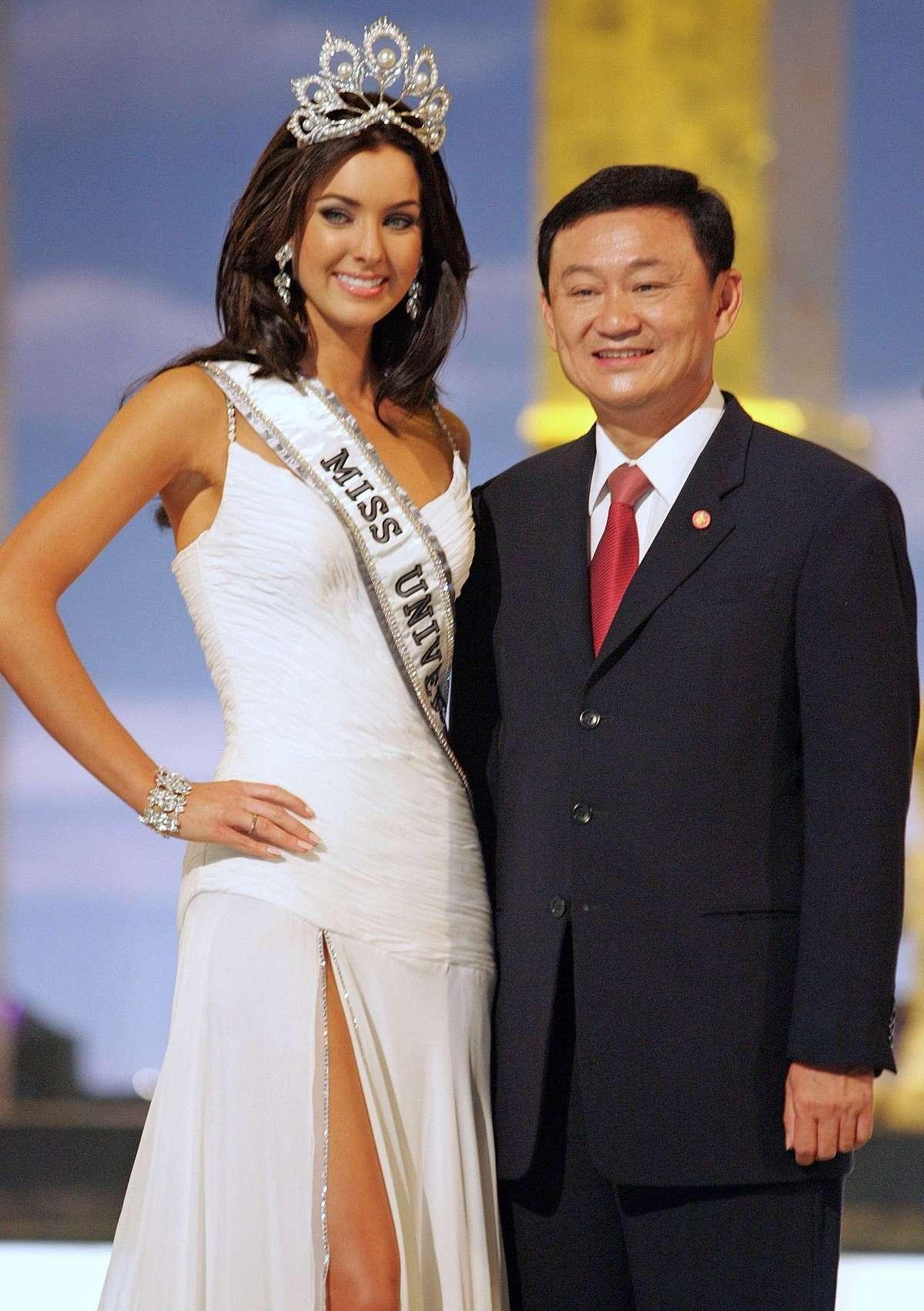 natalie glebova, miss universe 2005. - Página 4 Miss-u14