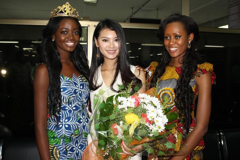 wenxia yu, miss world 2012.  - Página 3 Miss-w21