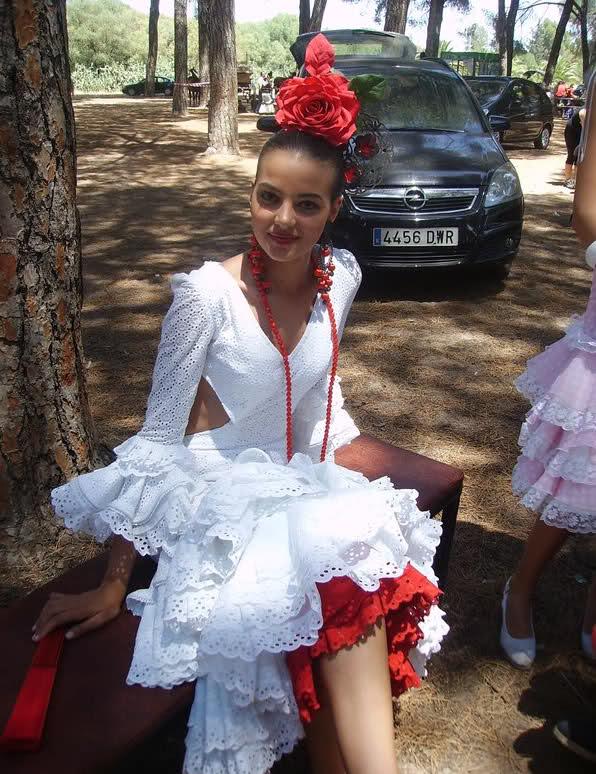 fatima jimenez triguero, miss espana mundo 2010. - Página 2 N2de8n10