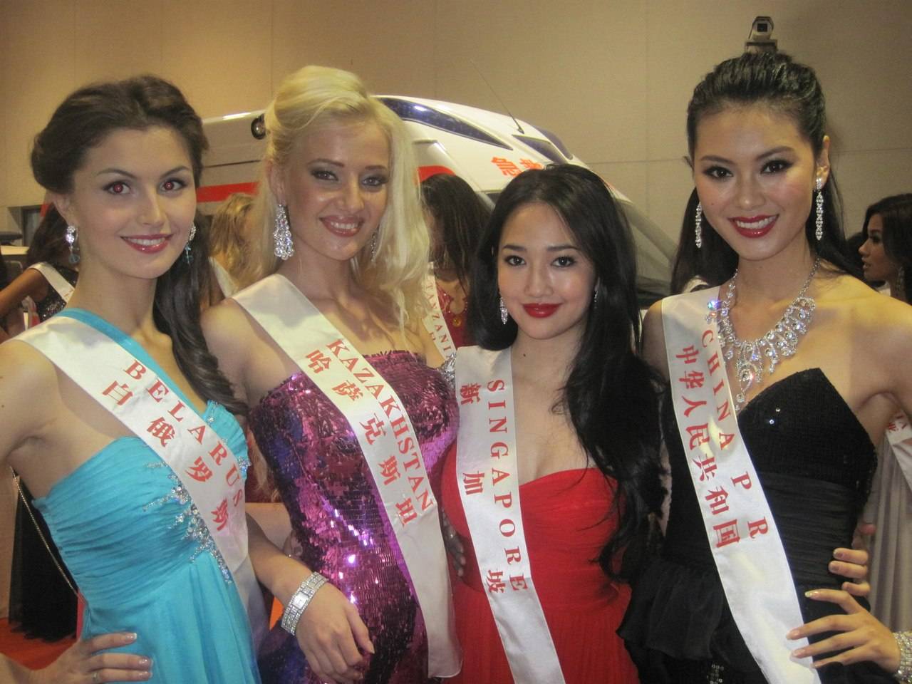 wenxia yu, miss world 2012.  - Página 13 Pealow10