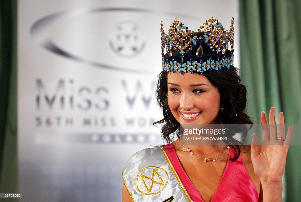 unnur birna vilhjalmsdottir, miss world 2005. - Página 3 Pl549h10
