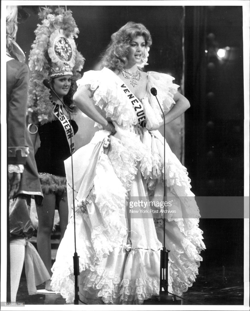 irene saez, miss universe 1981. - Página 4 Pykqdz10