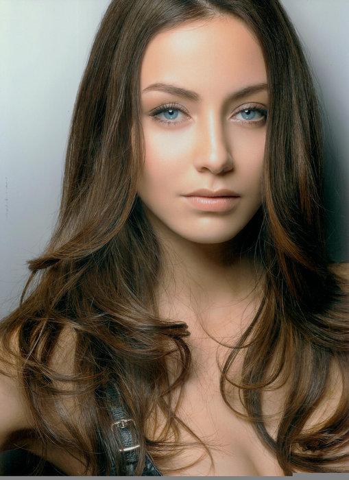 ariane colombo, semifinalista de miss international 2005. Tumblr16